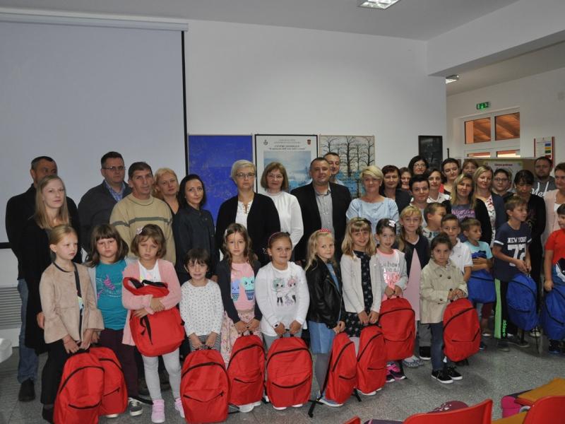 Općina Kalinovac osigurala darove za sve prvašiće